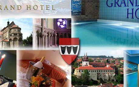 Máte jedinečnou možnost strávit se svou polovičkou 3 romantické dny v nově zrekonstruovaném **** Hotelu Grand v centru Třebíče, městu zapsaném svým historickém významem i v UNESCO! Navštivte tento světový unikát, navíc se 4* luxusem!