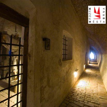 Pouhých 80,-Kč za unikátní noční prohlídku tajemných kasemat pevnosti Špilberk. Užijte si oživlé hradní vězení se slevou 43%!!!