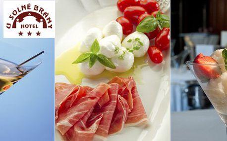 499 Kč za vynikající degustační menu pro DVA v Hotelu U Solné brány. Vychutnejte si řadu skvělých jídel s 63% slevou!