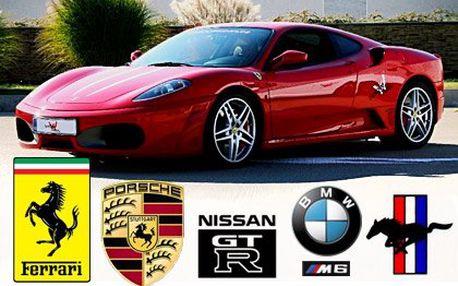 Jízda ve Ferrari, Porsche, Nissan, upraveném BMW M6 nebo limitované edici Ford Mustang z roku 1966 - 30 minut