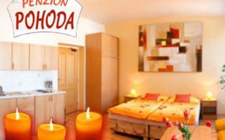 2.990,- za POHODOVÝ víkend pro dva! 3 dny v romantickém apartmánu se svíčkami, sektem a květinami - nejen pro zamilované!