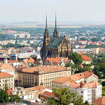48 Kč za 2 vstupenky na rozhlednu na hradě Špilberk. Vychutnejte si krásný a netradiční pohled na Brno... Brno jako na dlani!