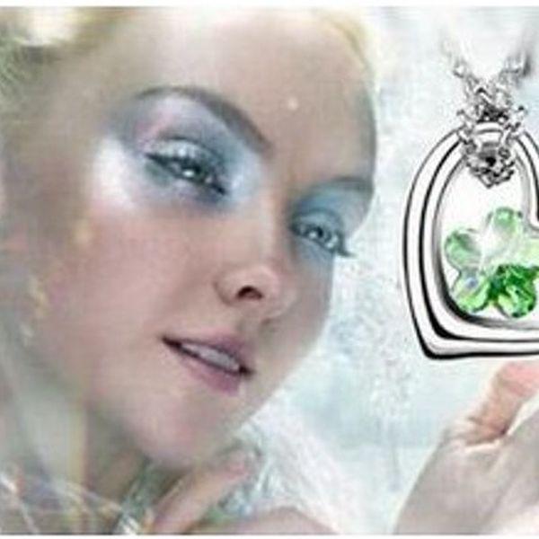 76% sleva na překrásný řetízek s luxusním přívěškem ve tvaru srdce Swarovski Elements v 5 barevných provedeních! Nyní jen za 149 Kč!