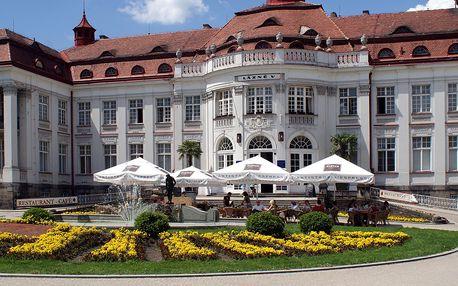 3denní romantický wellness pobyt na Karlovarsku v hotelu Krušnohor se vstupem do lázní