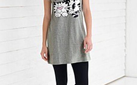 """Příjemné Pyžamo - top + legíny. Tričko ve střihu do """"A"""" z měkkého bavlněného materiálu."""