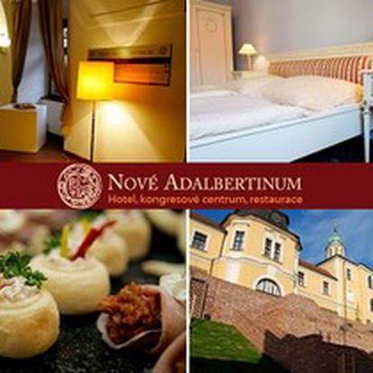 3denní VALENTÝNSKÝ POBYT pro 2 osoby v ROMANTICKÉM APARTMÁ se snídaní a VEČEŘÍ v Hradci Králové.