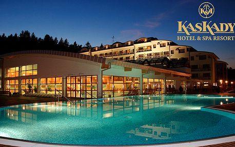 Hľadáte potešenie z oázy pokoja a krásy? Nájdete ho počas nezabudnuteľného wellness pobytu v TOP slovenskom hoteli Kaskády**** pri kúpeľnom mestečku Sliač. Vynikajúca gastronómia, rozsiahly bazénový a saunový svet a ajurvéda.