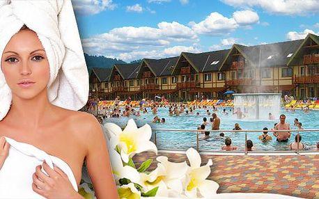 Bešeňová a luxusný termálny park pre dvoch. Zľava až 50% do GINO Paradise Bešeňová len 50 m od hotela Flora a fľaša vína na izbe. Fantastická dovolenka pre dve osoby s polpenziou v cene.