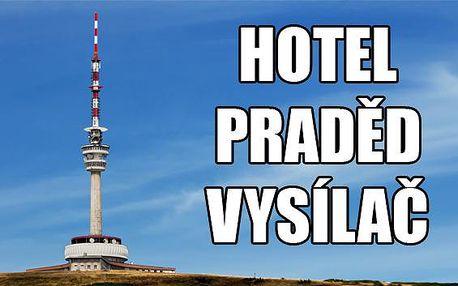 Jeseníky - Praded: exkluzívny pobyt priamo vo vysielači!. Najvyššie položený hotel v ČR - Praded Vysielač. Zjazd na kolobežke pre každého a voľný vstup na vyhliadku. Poďte do Jeseníkov s NewGo.sk!