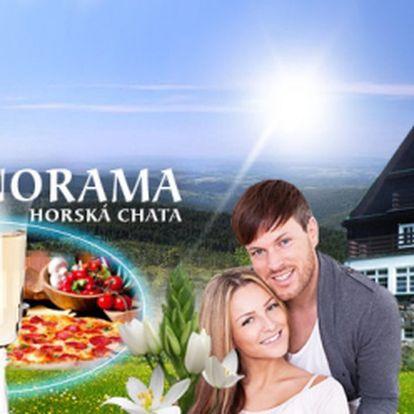 Prožijte až 4 DNY v Orlických horách s POLOPENZÍ již za 1536 Kč pro 2 OSOBY! V ceně zahrnuta LÁHEV SEKTU a odpolední SVAČINKA nebo PIZZA a PEČENÉ KOLENO pro dva! Báječná dovolená v Horské chatě Panorama! Sleva 40%!