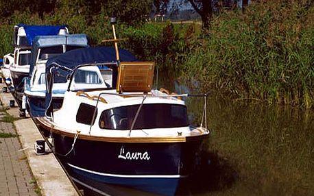 Staňte se na počkání lodním kapitánem a zažijte romantickou jednodenní plavbu po Baťově kanálu v srpnu nebo září