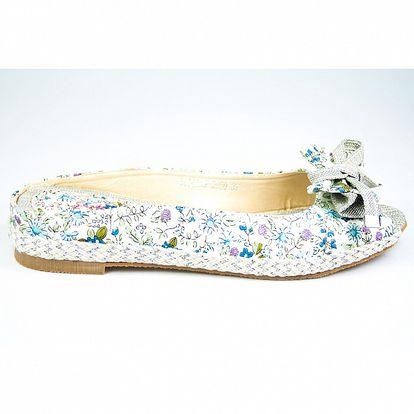 Dámské krémové pantoflíčky Sofiniel s modrým květinovým motivem