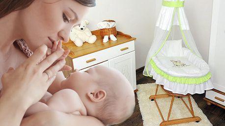 Proutěný koš s výbavou pro miminka