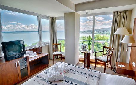 Ramada Hotel & Resort Lake B.
