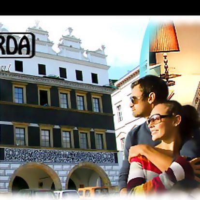 Romantický víkend PRO DVA se sektem, VÍŘIVKOU nebo GOLFEM a POLOPENZÍ, se slevou až 59 %: Objevte nevšední hotel SALVA GUARDA, v renesančním paláci, v srdci památkově chráněných Litoměřic, s vynikající dostupností. Skvělý tip na Valentýnský dárek!