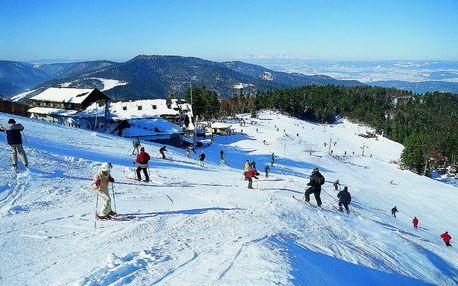 Pravá zimná dovolenka na Plejsoch - relax a wellness pre osoby na 2 noci v hoteli Plejsy s polpenziou len za 119 €