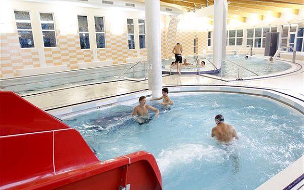 LYŽOVÁNÍ S RELAXACÍ! 3 dny s polopenzí a wellness v penzionu U POHODY v Krušných horách pro 1 osobu. SLEVY na masáže, vířivku, krytý bazén a SKIPAS! PARKOVÁNÍ A WIFI ZDARMA!3