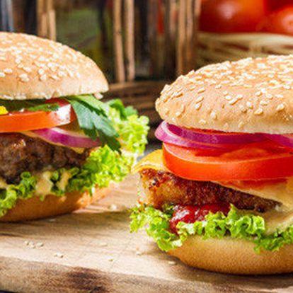 2x americký burger fresh s hranolkami v restauraci Steak & Club
