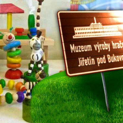 Prohlídka muzea výroby dřevěných hraček s dárkem