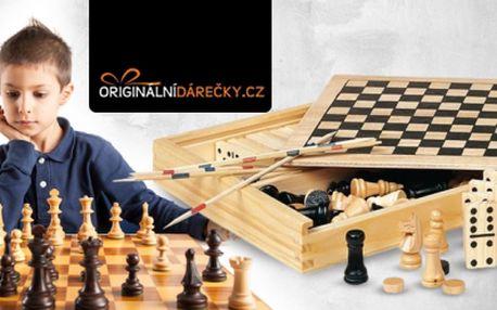 Klasické stolní hry 4 v 1 v dřevěném boxu! Figurky, hrací kameny, domino, mikádo i hrací kostky!