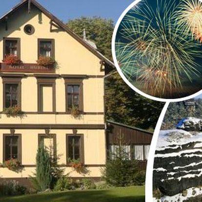 České Švýcarsko - přivítejte Nový rok v hotelu Hubert - sváteční pobyt pro 2 osoby na 3 nebo 4 dny v hotelu Hubert. Ubytování, snídaně, 3chodové večeře a svařáček nebo kávička. Poslední silvestrovské termíny!