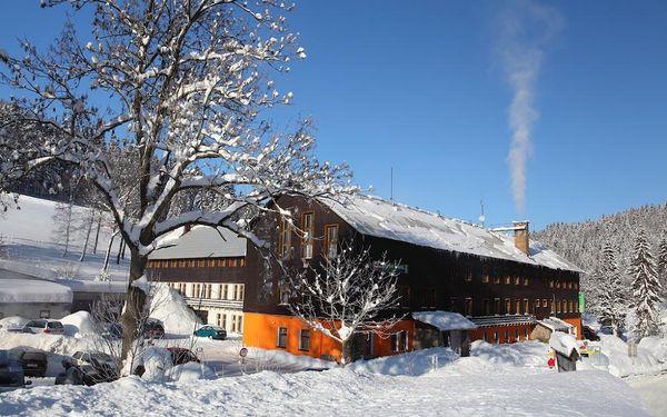 Víkendové sněhové radovánky v Harrachově3