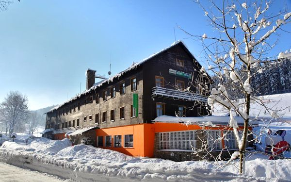 Víkendové sněhové radovánky v Harrachově4