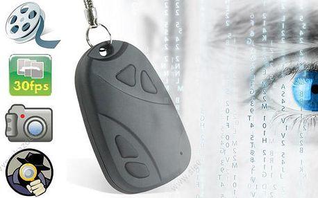 Špionská kamera ve tvaru klíčenky