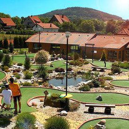 Celodenní adventure golf pro celou rodinu