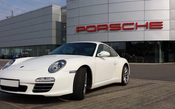 Jízda za volantem sportovního vozu Porsche Carrera 9112