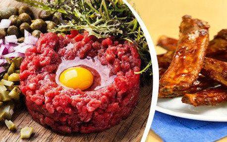 Festivalových 850g vepřových pikantních žebírek nebo 300g tatarského bifteku