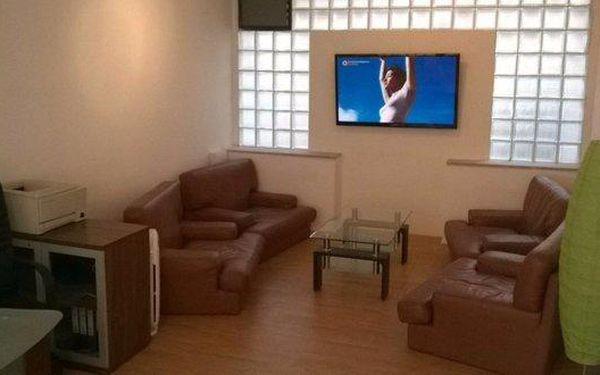 Hloubkové čistění sedadel a interiéru včetně tepování2
