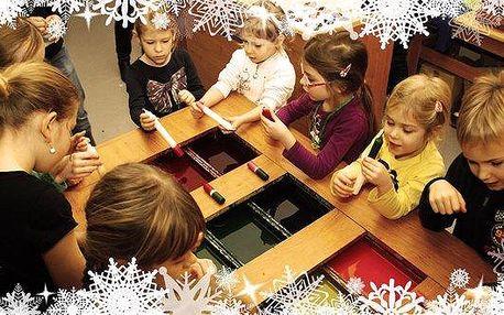 Vánoční vyrábění svíček nebo ozdob