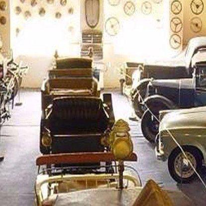 Muzeum historických vozidel