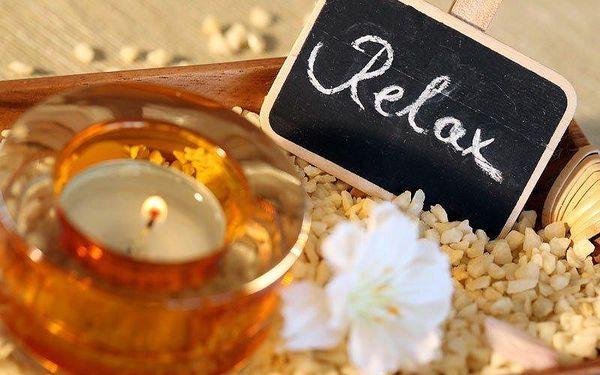 Egyptská relaxační masáž v kombinaci s lávovými kameny4