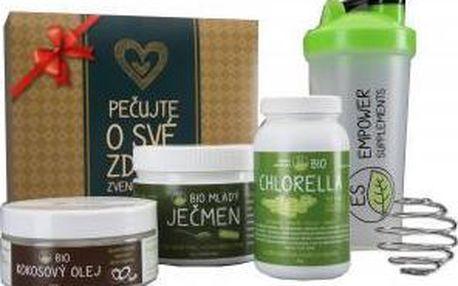 ES BIO Zeleno-zlatý dárkový balíček : Chlorella 750 tablet + Mladý ječmen 150 g + Kokosový olej 250 ml + Shaker 600 ml