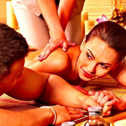 Olejová aroma masáž s vůní skořice, vanilky, citrónu nebo grepu