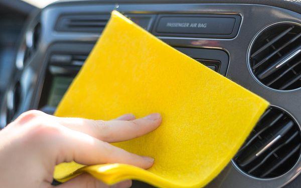 Čištění a plnění klimatizace vozu a čištění sedadel