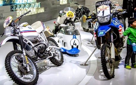Výlet do výrobny motorek BMW včetně vstupenky