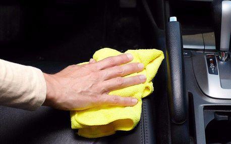 Precizní čištění interiéru vozidla