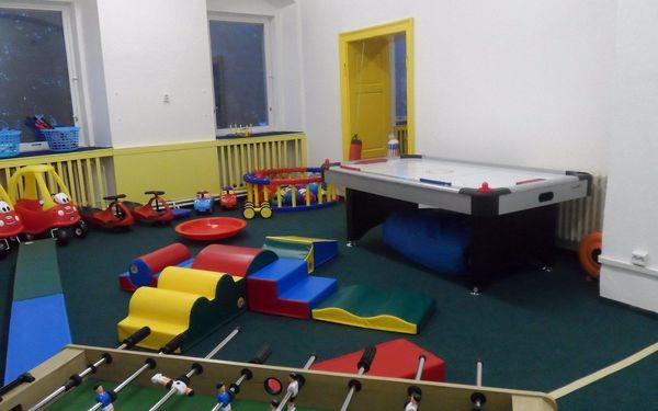 Vstup do dětské herny a kavárny + dospělý doprovod zdarma5