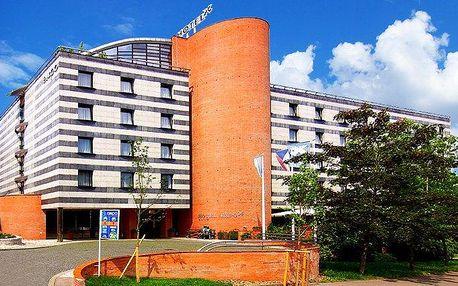 2 nebo 3denní pobyt pro 2–3 osoby se snídaněmi v Praze v hotelu Expo****