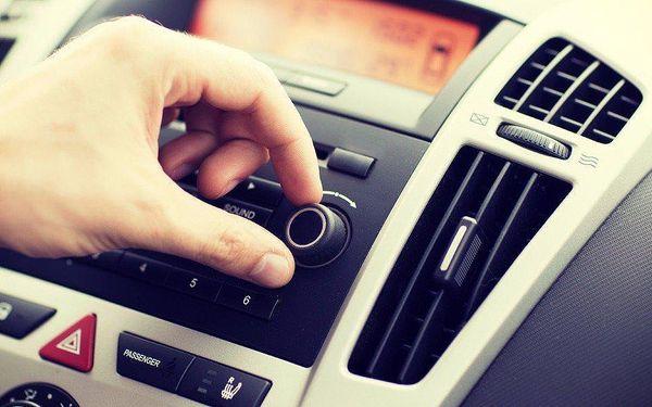 Kompletní mobilní plnění a údržba klimatizace přímo u vás doma3
