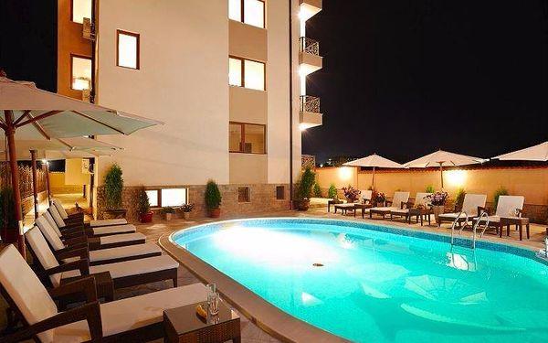 8 dní v komfortním apartmánu včetně bazénu v Bulharsku až pro 4 osoby3