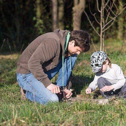 Rodinná venkovní hra v harrachovských štolách