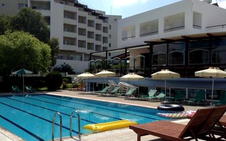 Řecko - Rhodos na 8 dní, snídaně s dopravou letecky z Brna 20 m od pláže