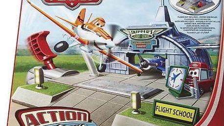 Planes set dobrodružství na letišti - Skipperova letecká škola