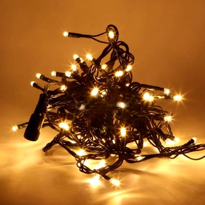 Vánoční řetěz s až 300 LED žárovkami