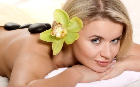 Masáž Lava Shells masáž teplými mušlemi nebo masáž Hot Stones-masáž horkými lávovými kameny.