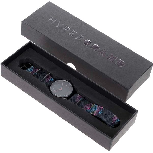 Černé pánské hodinky s textilním vzorovaným páskem HYPERGRAND4
